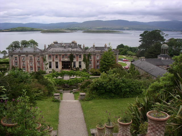 bantry chatrooms If gardening is your passion, follow the west cork garden trail, with artistic sculpture gardens and impressive colonial gardens to choose from, all amazing and possible in a day trip (bantry house & gardens, garnish island, etc.
